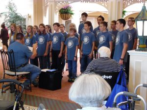Visitors from Quail Ridge Baptist Church Entertain Parc Provence Residents