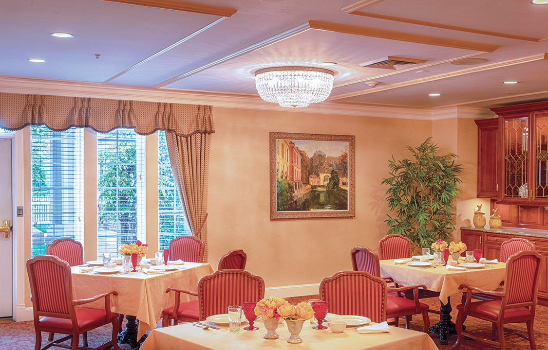 Parc Provence Memory Care Skilled Nursing Community Dining Room