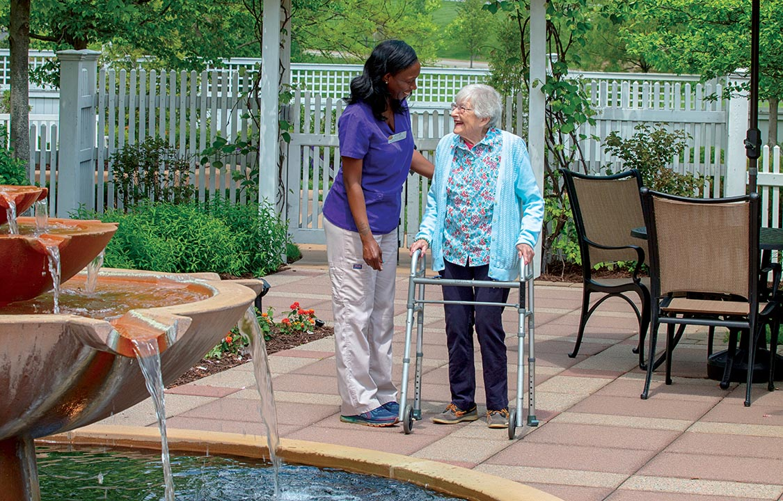 Parc Provence Memory Care Activities Outdoor Patio
