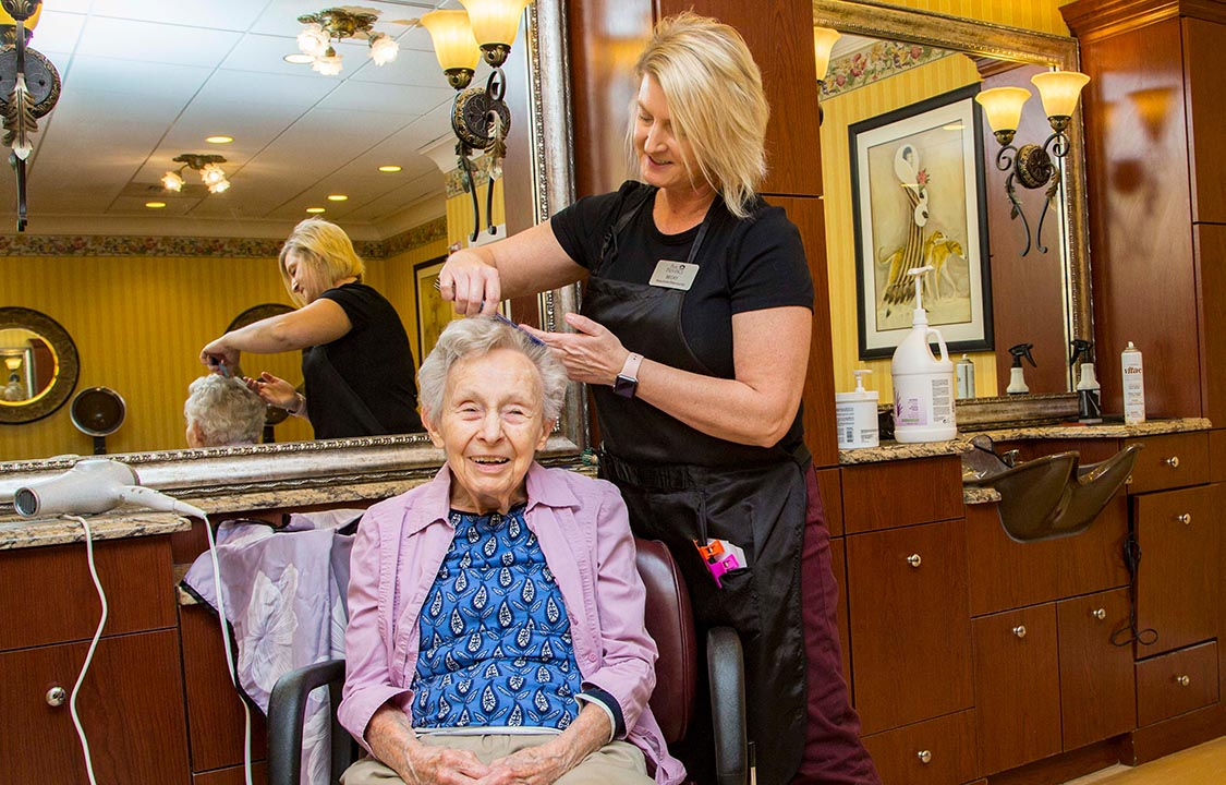 Parc Provence Memory Care Activities Hair Salon