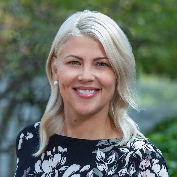 Portrait of Lana Carter, Human Resources Director