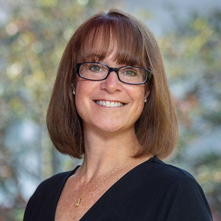 Portrait of Robyn Kalish, Leasing Director